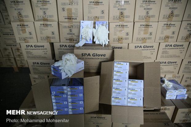 کشف ۱۶۵ هزار عدد دستکش طبی در مرز دوغارون تایباد