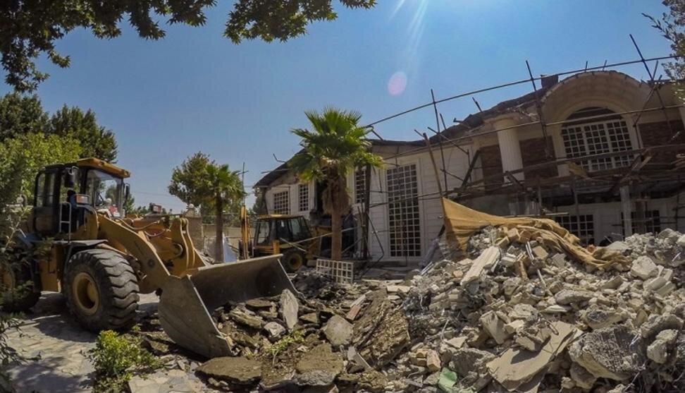 تخریب ۳۴ ویلای غیرمجاز با ورود دادستانی در پردیس