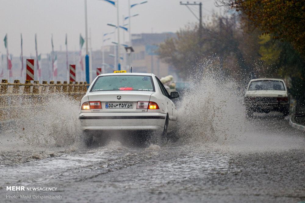 جادههای استان سمنان لغزنده است/ تردد تریلی در گردنهها ممنوع