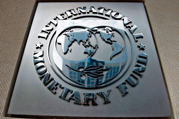جایگاه دلار به عنوان ارزذخیره جهانی به پایینترین سطح ۲۵ساله رسید