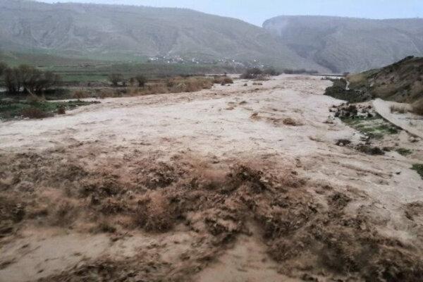 خسارات سیل یزد هنوز برآورد نشده است/بیشترین خسارات در حوزه راهها