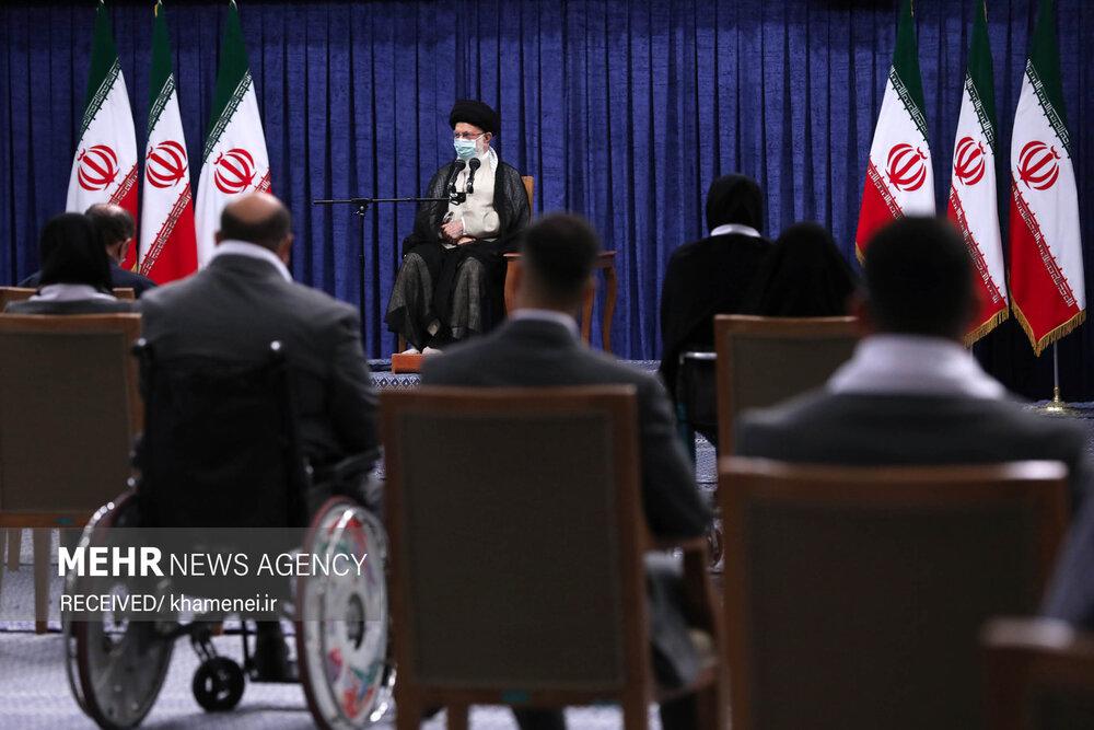 دیدار قهرمانان المپیک و پارالمپیک ایران با رهبر معظم انقلاب