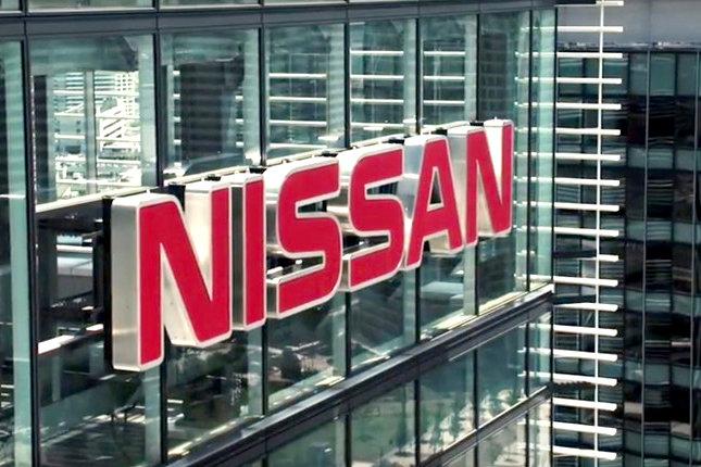 سهام خودروسازی نیسان ۱۲ درصد سقوط کرد