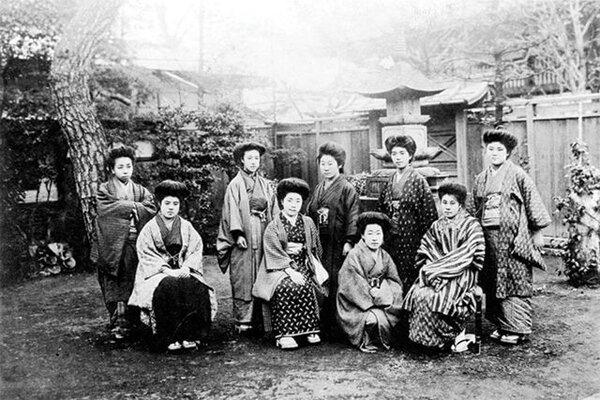 مبارزات کیشیدا توشیکو برای احقاق حقوق زنان در عصر نوسازی ژاپن