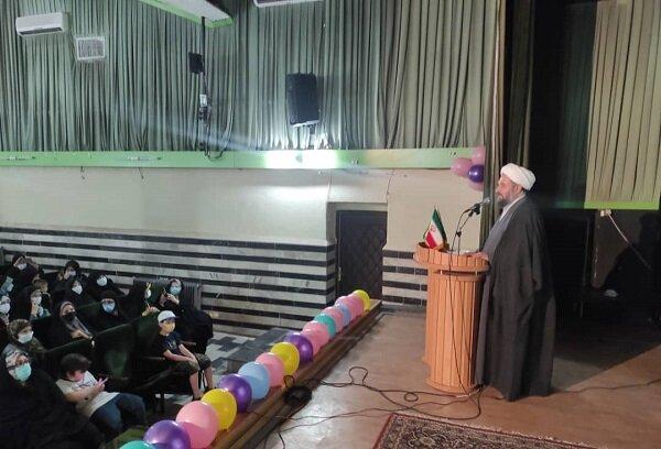 مراسم روز دختر با حضور رای اولیها برگزار شد