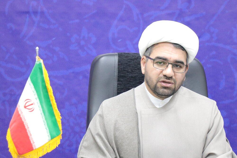 نظام اومانیستی در مقابل اندیشه امام راحل به زانو در آمد
