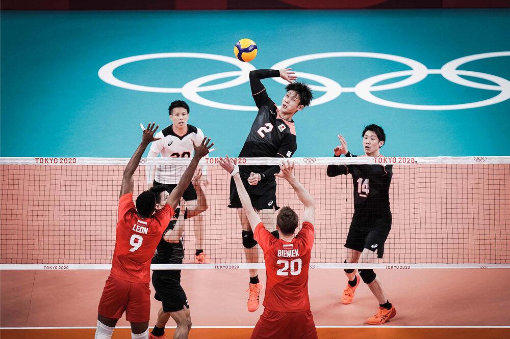 پیروزی تیم ملی والیبال لهستان مقابل میزبان المپیک
